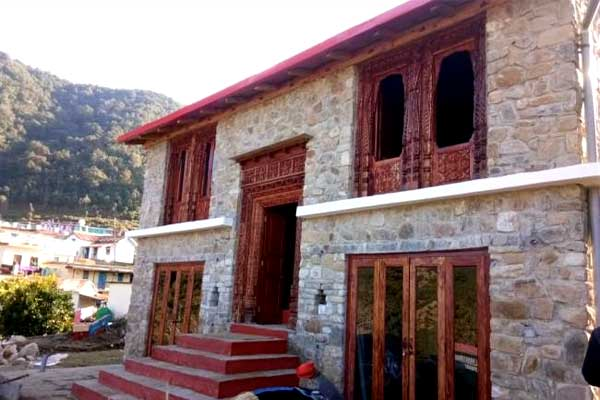 Hill style home stay basa ready in Khirsu
