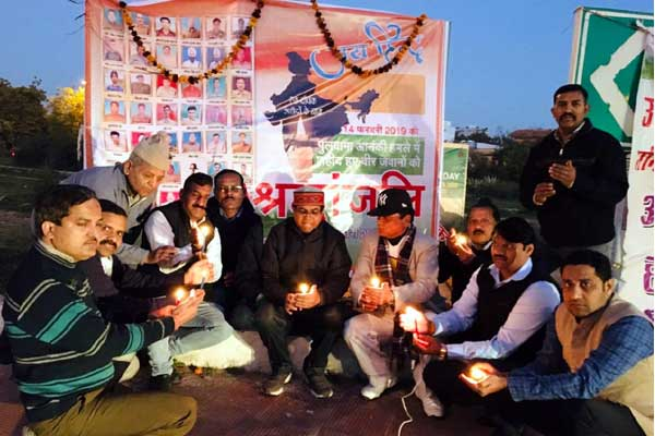 Tributes paid to the martyrs