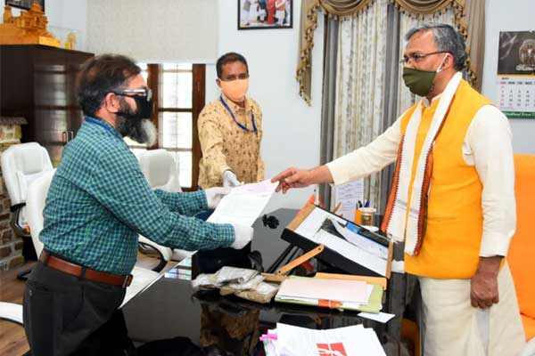 Kurmanchal Cultural and Welfare Council donates in CM Relief Fund and PM Care Fund