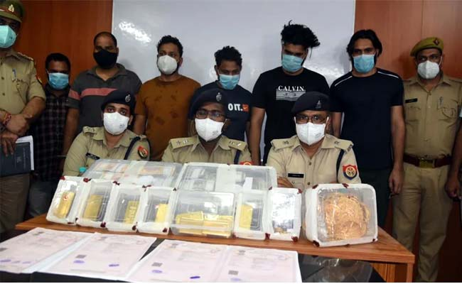 biggest theft of 40 kg gold and 6.5 crore cash in noida